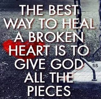 God Fixies All The Broken Pieces - MercyfulGrace.com