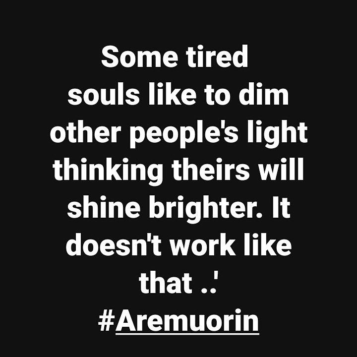Aremuiorin - Negative People